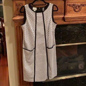 NWOT Sleeveless black & white dress